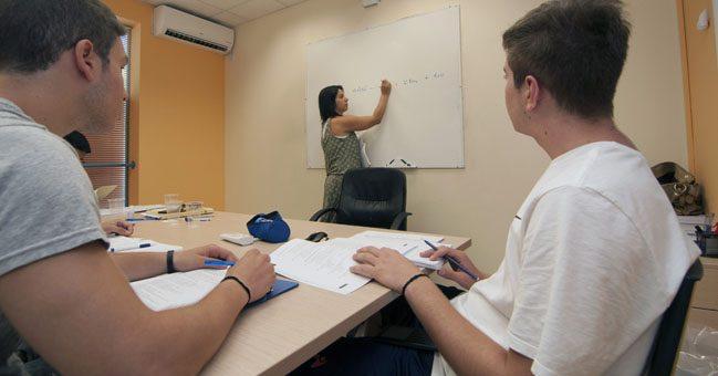 Διδασκαλία αξία - Φροντιστήριο στο Χολαργό